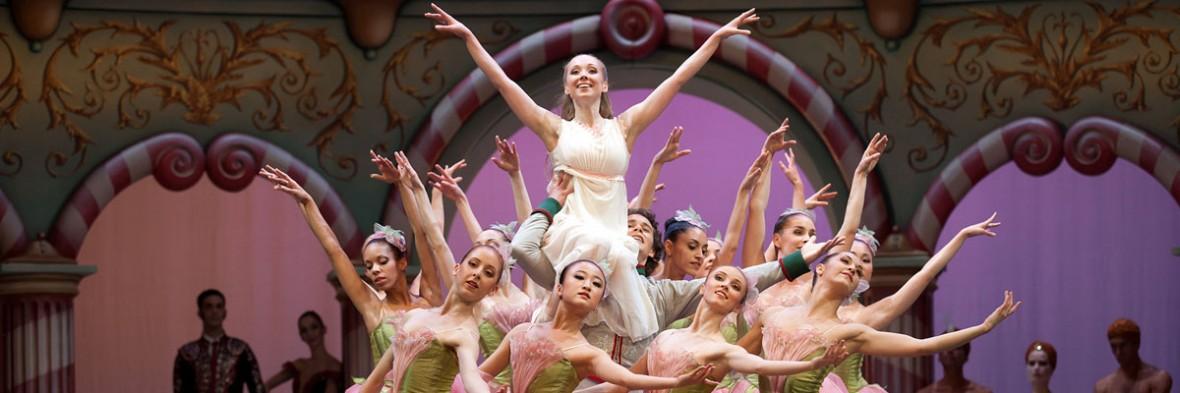 Ballett_Der_Nussknacker_Semperoper_03© Costin Radu